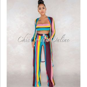 Brand new Multi color 3 piece set in large